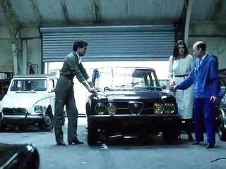 Mechanics Give Wifey A Tune--up